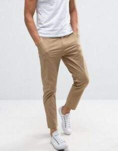 Relaxed-Legged Trousers